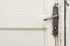 Gammalt dörrhandtag royaltyfri fotografi
