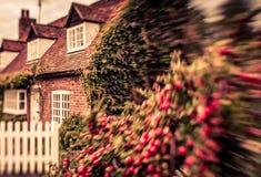 gammalt engelskt hus Arkivbilder