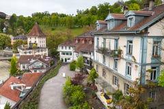 Gammalt europeiskt stadlandskap Bern arkivbilder