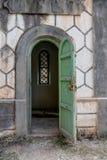 gammalt fönster royaltyfri fotografi