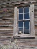 gammalt fönster för hus Royaltyfria Foton