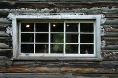 gammalt fönster för husjournal Royaltyfria Foton