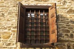 gammalt fönster för ram Fotografering för Bildbyråer