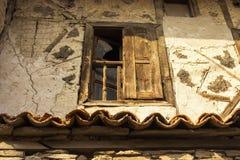 gammalt fönster för ram Arkivfoton
