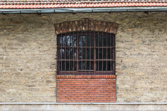 Gammalt fönster för tappning Arkivfoto