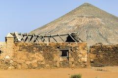 Gammalt fördärva på Fuerteventura Arkivbild