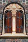 gammalt fönster för slott arkivfoto