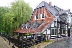 Gammalt Fachwerk hus i Goslar Royaltyfri Fotografi