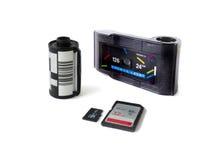 Gammalt filmkamerakassetter & Micro & SD-kort Royaltyfri Fotografi