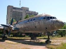 gammalt flygplan Arkivbild