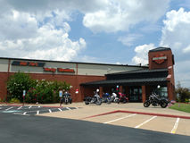 Gammalt fort Harley Davidson Retail Store Exterior royaltyfri foto