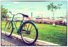 Gammalt foto av den gammala cykeln Arkivfoton