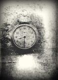 Gammalt foto av den grained som ringklockan - skrapas, overexposure Arkivbild