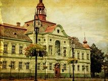Gammalt foto av stadshusbyggnad i Zrenjanin, Serbien royaltyfria foton