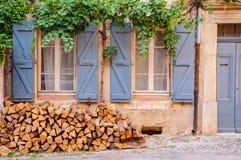 Gammalt franskt hus arkivfoto