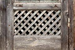 Gammalt galler av fönstret Arkivfoto
