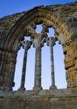 Gammalt gotiskt fönster Royaltyfri Bild