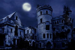 Gammalt gotiskt säteri Royaltyfri Bild