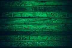 Gammalt grönt tappningträ Mörker - textur och bakgrund för grön tappning wood Abstrakt textur och bakgrund för formgivare gammal  Arkivbilder