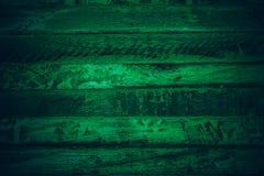 Gammalt grönt tappningträ Mörker - textur och bakgrund för grön tappning wood Abstrakt textur och bakgrund för formgivare gammal  Royaltyfri Fotografi