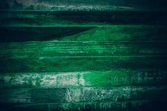Gammalt grönt tappningträ Mörker - textur och bakgrund för grön tappning wood Abstrakt textur och bakgrund för formgivare gammal  Royaltyfria Bilder