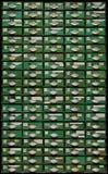Gammalt grönt träkabinett med enheter Fotografering för Bildbyråer