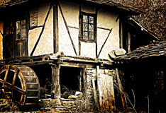 gammalt grungy hus Arkivfoton