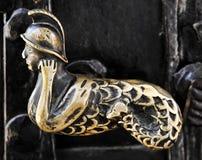 gammalt guld- handtag för dörr Royaltyfri Fotografi