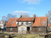 Gammalt hem, Litauen arkivfoton