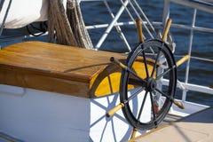 gammalt hjul för fartyg royaltyfria foton