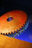 gammalt hjul för kugghjul arkivbilder