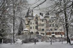 Gammalt hotell Valtionhotelli royaltyfri fotografi