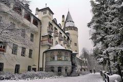 Gammalt hotell Valtionhotelli royaltyfri foto