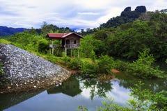 Gammalt hus av Laos. Royaltyfri Bild