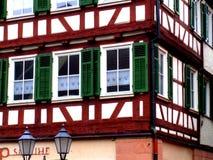 Gammalt hus i en by nära Stuttgart, Tyskland Royaltyfri Fotografi
