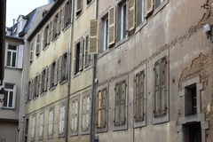 Gammalt hus i Kolmar Arkivfoto