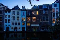 Gammalt hus i Nederländerna Arkivbilder