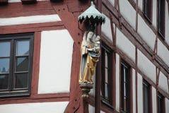 Gammalt hus i Nuremberg, detalj Arkivbild