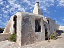 Gammalt hus i Santorini Arkivbild