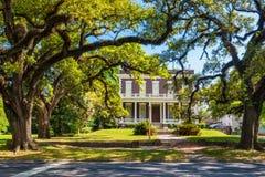 Gammalt hus i i stadens centrum mobila Alabama USA royaltyfri foto