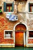Gammalt hus i Venedig Royaltyfri Fotografi