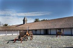 Gammalt hus med traditionell chilensk arkitektur, i Itataen Va Arkivfoton