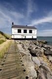 Gammalt hus på kust på Lepe Royaltyfri Fotografi