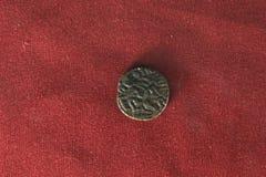 Gammalt indiskt mynt Arkivfoto