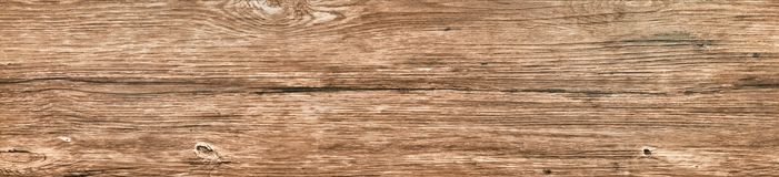 Gammalt knutit långt bräde av den wood närbilden arkivfoton
