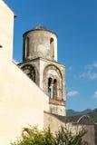 Gammalt kyrkliga Klocka torn på den Amalfi kusten Arkivfoton