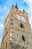 Gammalt kyrkligt torn med klockan, abstrakt sikt - Rumänien Transylvania Arkivfoton