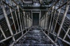 Gammalt läskigt fängelse Royaltyfri Fotografi
