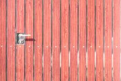 Gammalt lås på dörren arkivfoto