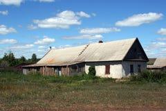 gammalt lantgårdhus Arkivbild